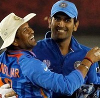 MS Dhoni pays tribute to Bharat Ratna Sachin Tendulkar