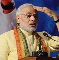 Narendra Modi attacks on third front and Gandhi family in Kolkata